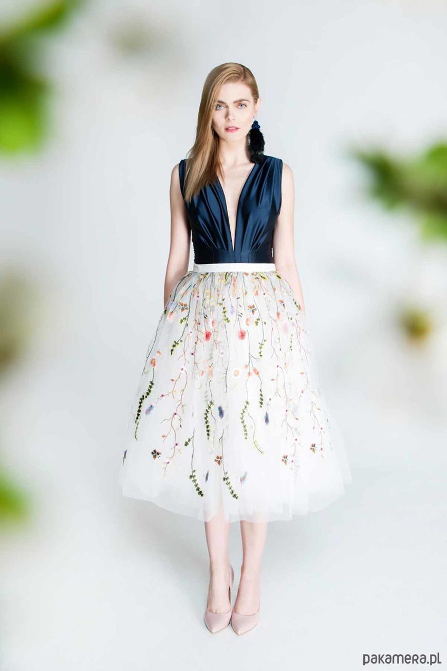 2e86c0b6d8 Sukienka na wesele - 5 modnych stylizacji - Magazyn Pakamera.pl