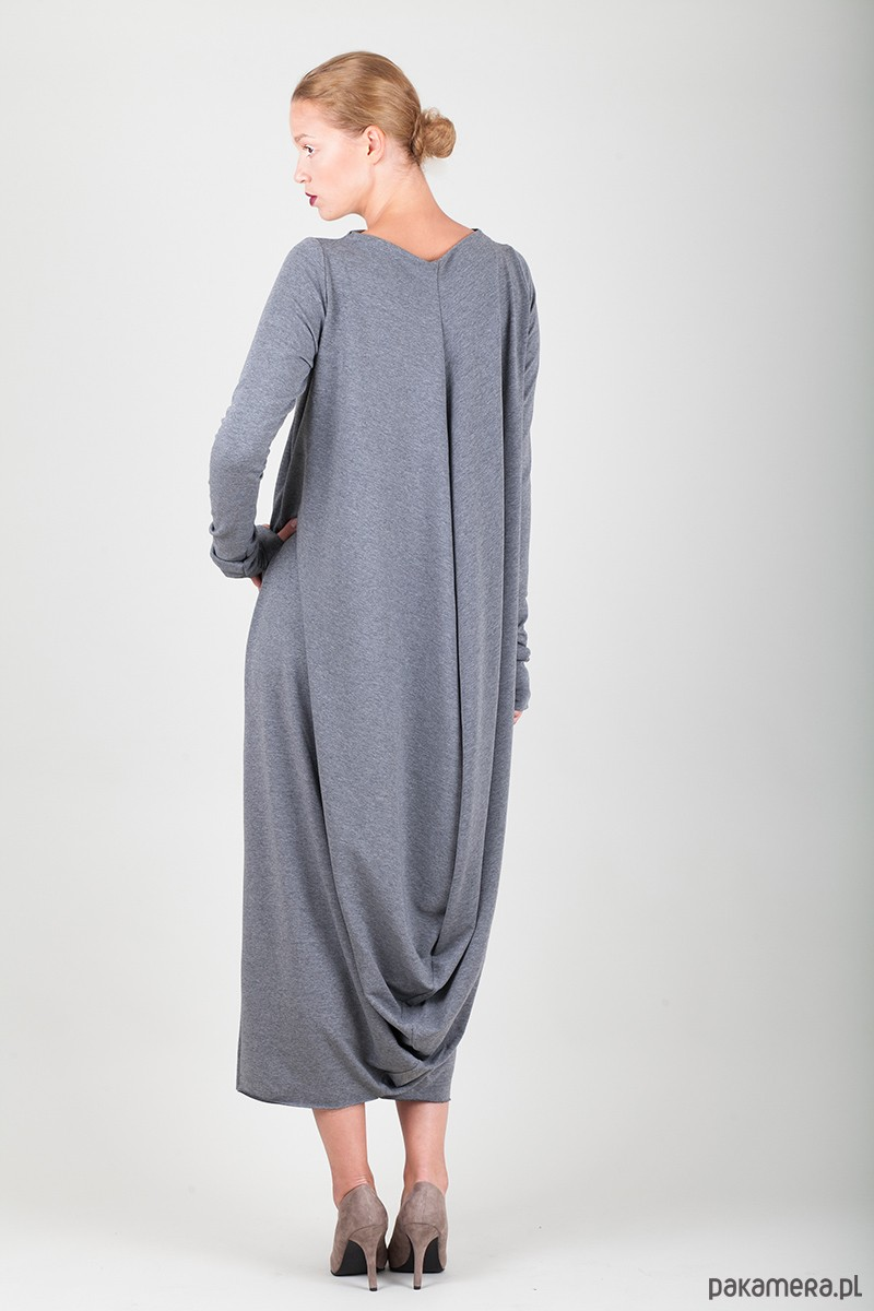 d0dc80f078 Wybieramy najmodniejsze sukienki na nadchodzący sezon - Pakamera.pl