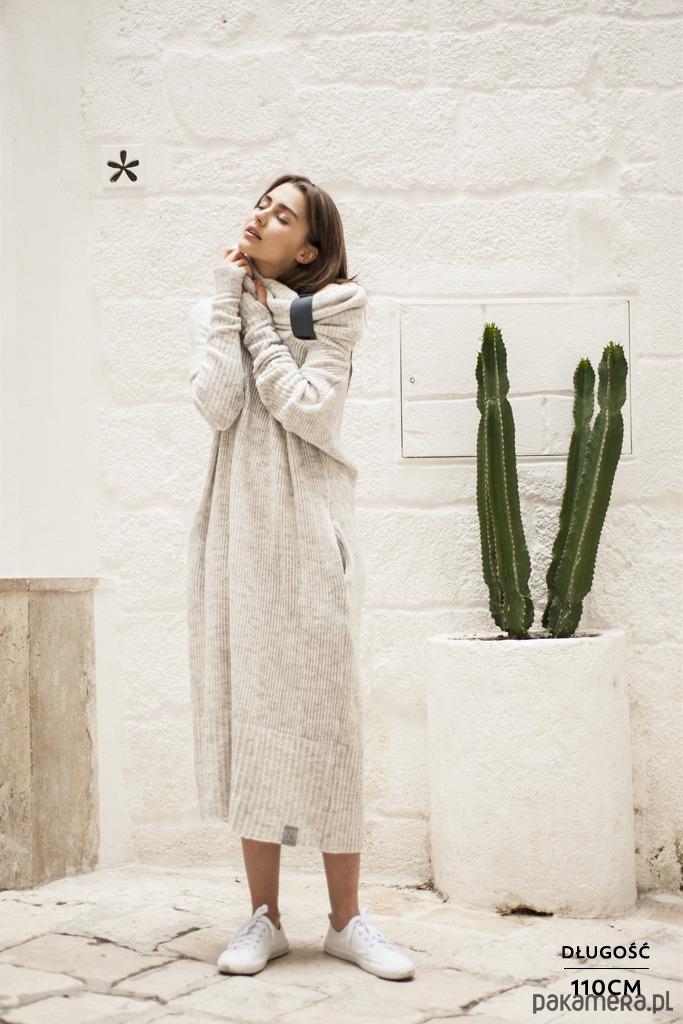 6021ea0efc Dzianinowe sukienki to niewątpliwie jeden z największych hitów  nadchodzącego sezonu. Taka sukienka jest modną alternatywą dla zwykłej  garsonki