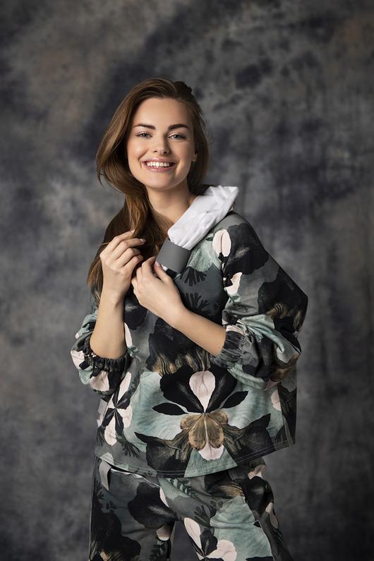 Bluza damska z kominem Tulip