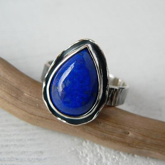 -lapis lazuli w falbankach-