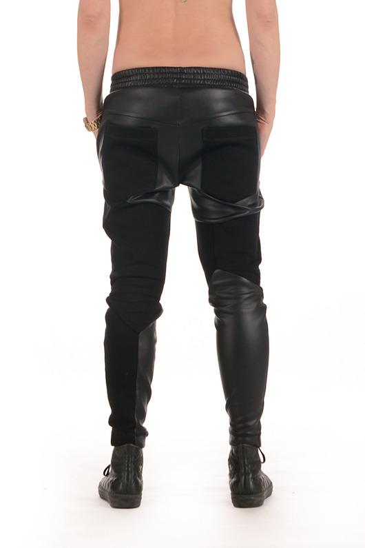 Spodnie dresowe, wstawki z eco skóry.